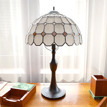simple art of Tiffany style table lamp 3D Model Getty